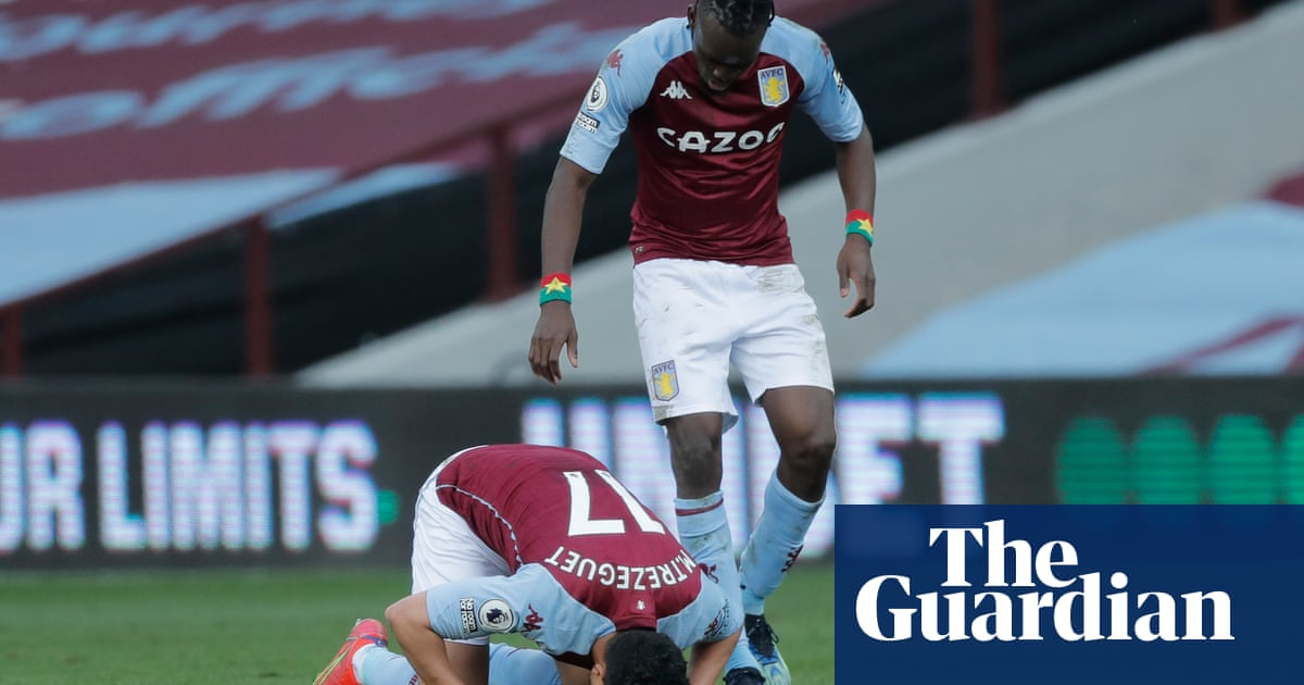 Trezeguet's rapid double sinks Fulham and earns points for Aston Villa