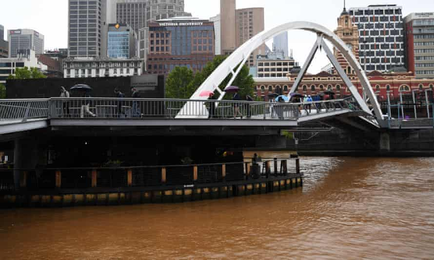 The Yarra River in Melbourne turns brown as dust in the rain pours in from the north of Victoria. And NSW faces renewed fire danger as temperatures soar.