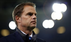 Frank de Boer looks on during the Inter defeat to Sampdoria in the Serie A match on Sunday.