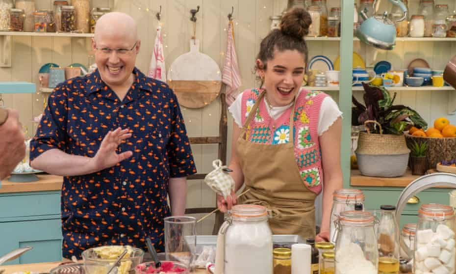 Matt Lucas on The Great British Bake Off with Freya Cox, the show's first vegan contestant.