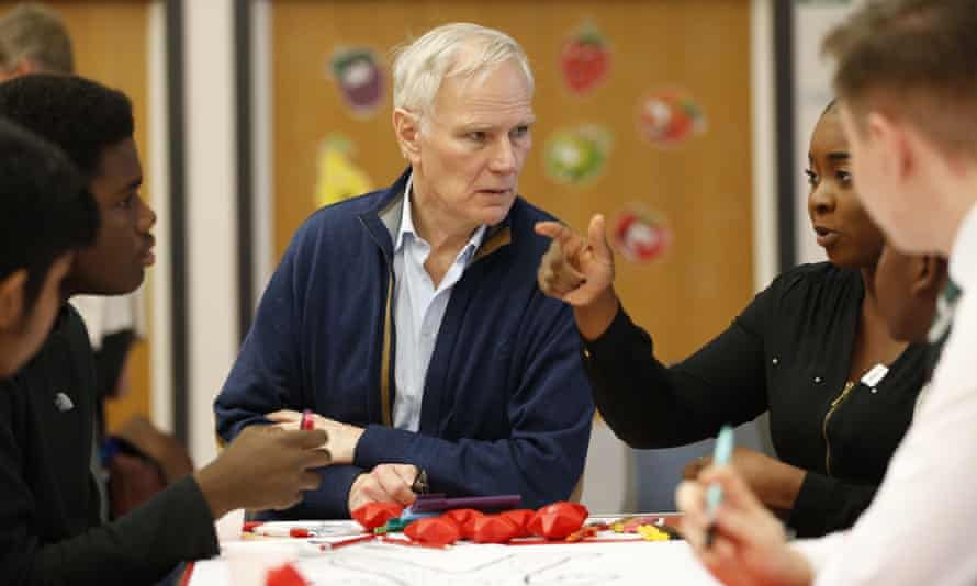 Philip Alston with young people in Glasgow