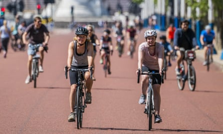 In relation to pro-cycling initiatives researchers say public levels of support tend to be misjudged therefore leaving more space for negative voices.