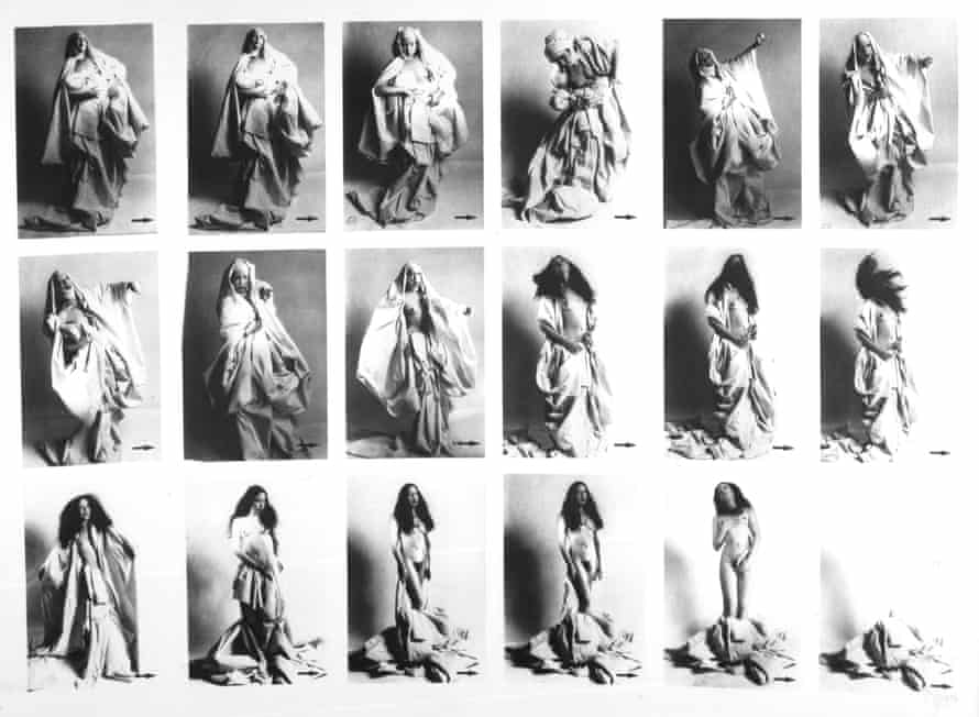 Incidental Strip-tease Using Sheets by ORLAN.