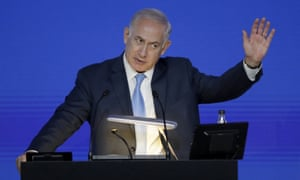 Benjamin Netanyahu gives an address in London on Friday.