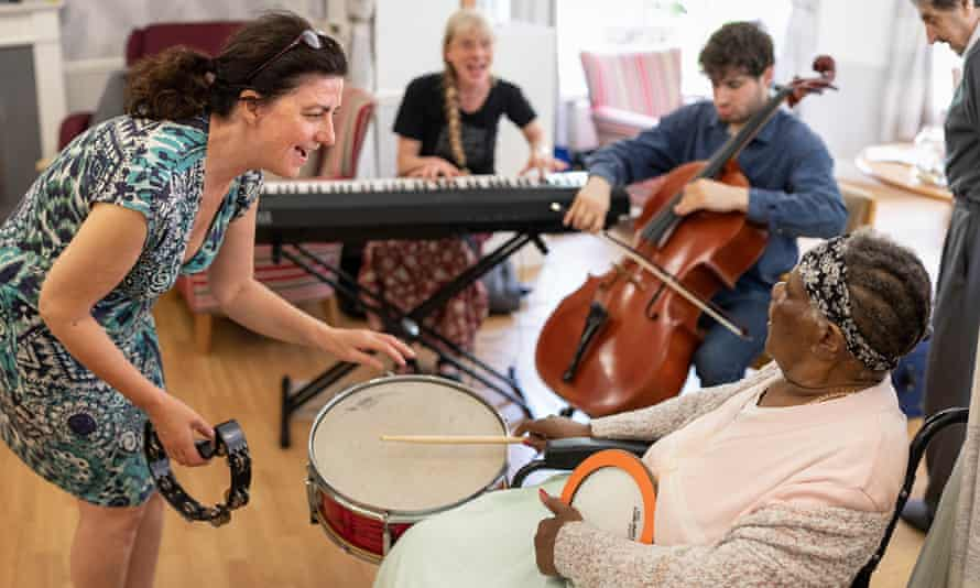 The Music In Mind music therapy sessions, pre-Covid. 'The project's strength lies in its instant impact on those with dementia.'