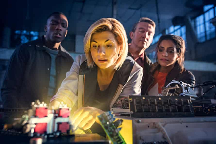 Jodie Whittaker invites new friends into the Tardis.