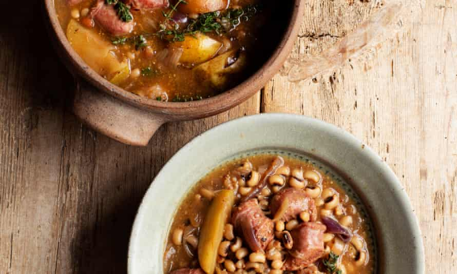 'Use your favourite sausages': sausages and black-eyed beans.