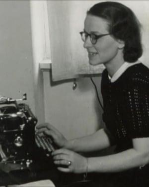Brunhilde Pomsel at her typewriter