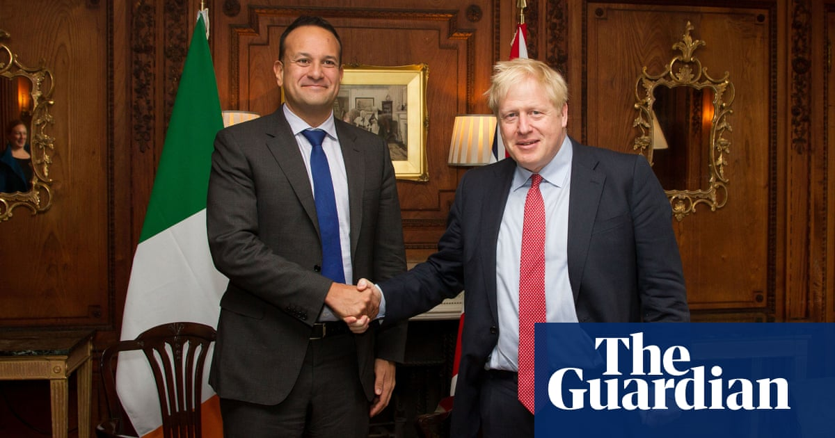 Boris Johnson and Leo Varadkar say they 'see pathway' to Brexit deal