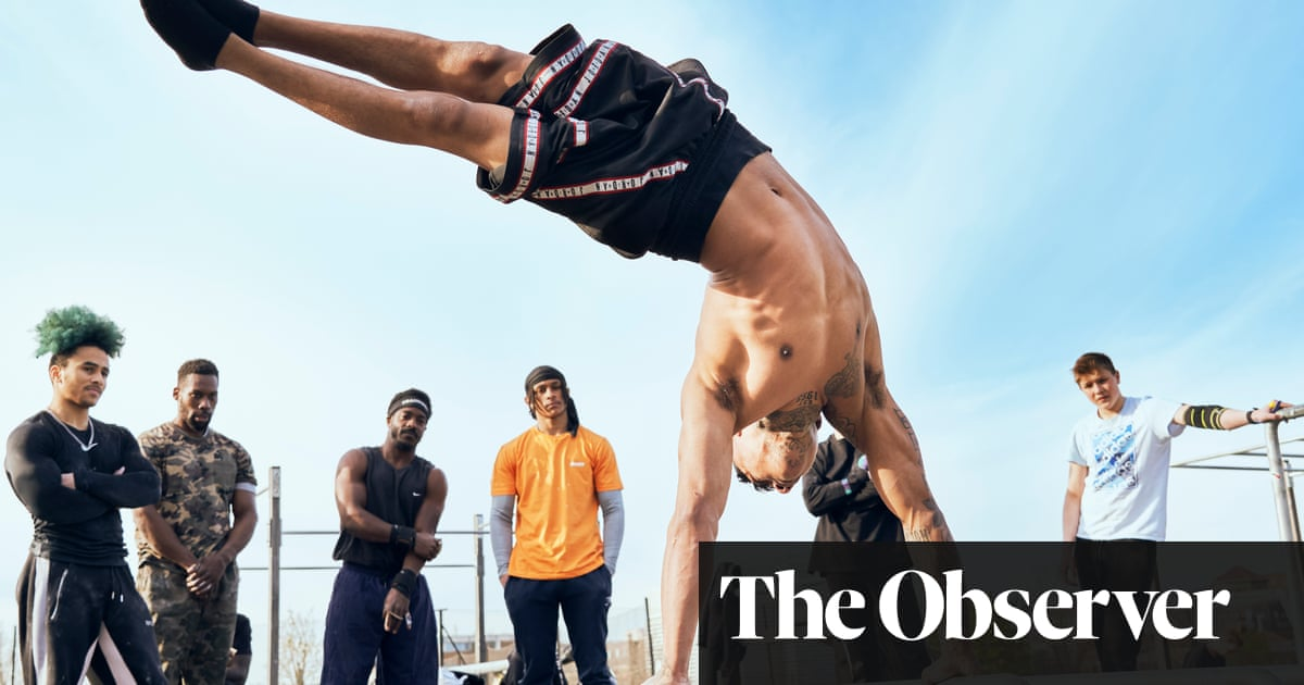 Cutting edge: turning street knives into urban gyms