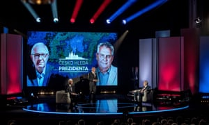 Jiří Drahoš (left) and Miloš Zeman at a TV debate in Prague