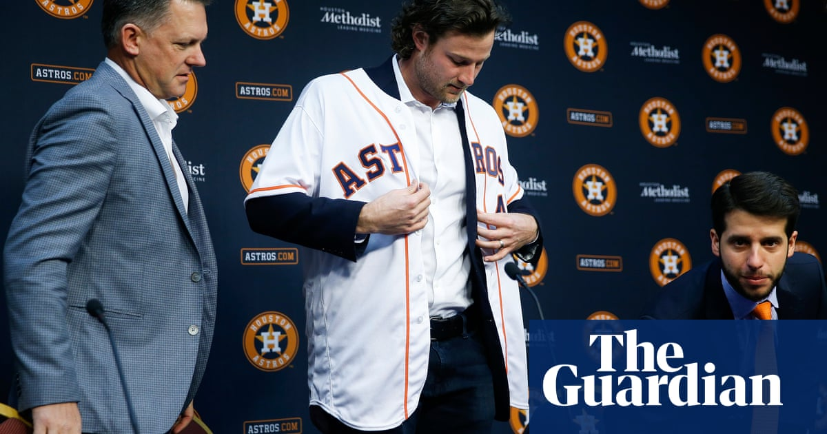 Astros owner apologizes after team accused reporter of fabricating story