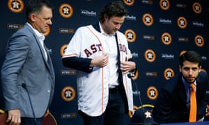 Astros Team >> Astros Owner Apologizes After Team Accused Reporter Of