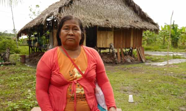 Anacha Hualinga blames her children's deaths on pollution from oil