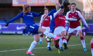 Maren Mjelde opens the scoring for Chelsea against Arsenal