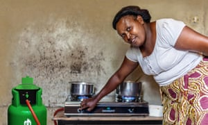 Cecilia Kangami cooks with Envirofit gas, a pay-as-you-go provider in Kenya.