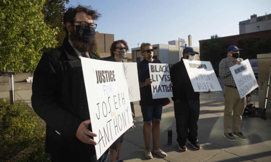 Kyle Rittenhouse Teen Charged In Kenosha Shooting Posts 2m Bail Wisconsin The Guardian