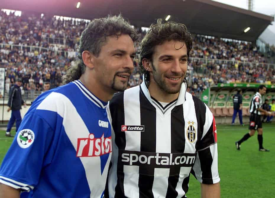 Baggio and his old teammate Alessandro Del Piero.