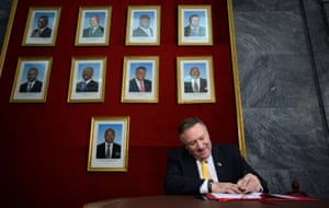 Luanda, Angola: The US secretary of state, Mike Pompeo, signs the guest book at the foreign affairs ministry