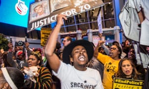 Demonstrators in Sacramento disrupted traffic and blocked NBA fans from entering an arena on Thursday night, demanding justice for Stephon Clark.
