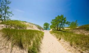 Sandy beach of Lake Ontario in Sandbanks provincial park, Prince Edward County, Ontario, Canada.