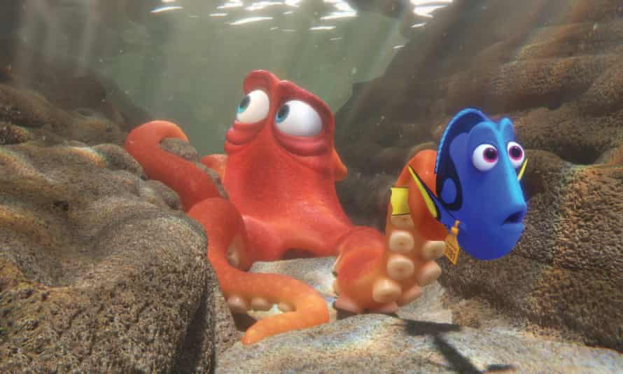 Hank the octopus, voiced by Ed O'Neill, and Dory, voiced by Ellen DeGeneres