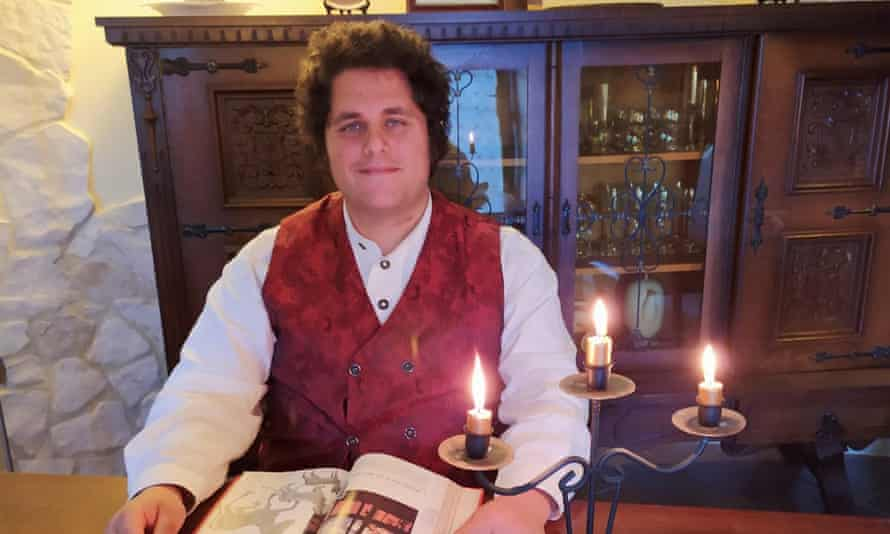 Nicolas Gentile, an Italian pastry chef who dresses and lives as a hobbit.