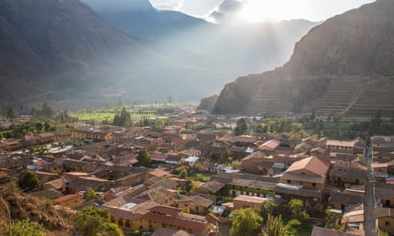 Planes would fly low over Ollantaytambo, causing damages to the Inca ruins.