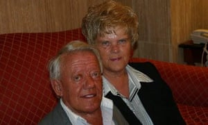 Kenny Baker and his girlfriend in 2005.