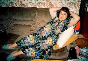 A shot Richard Billingham took of his mother, Liz, from the Ray's a Laugh series.