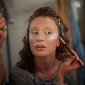 Last minute make-up