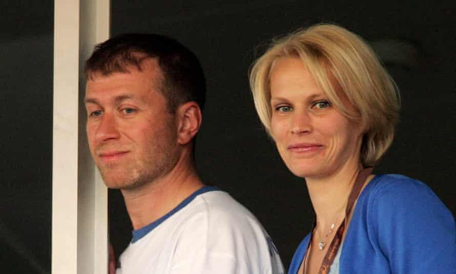 Roman and Irina Abramovich in 2004