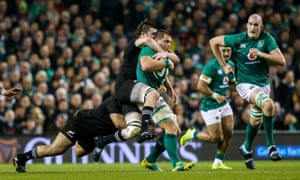 CJ Stander is taken down high by Liam Squire.