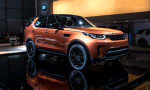 A Land Rover Discovery at the Paris Motor Show