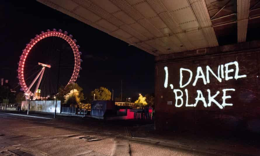 I, Daniel Blake highlights the complex bureaucracy of the benefits system.