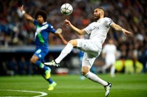 Karim Benzema of Real Madrid controls the ball.