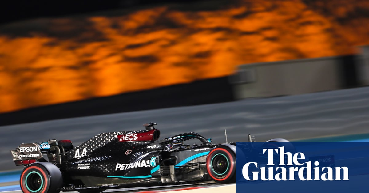 Lewis Hamilton refuses to take his foot off the gas in Bahrain Grand Prix