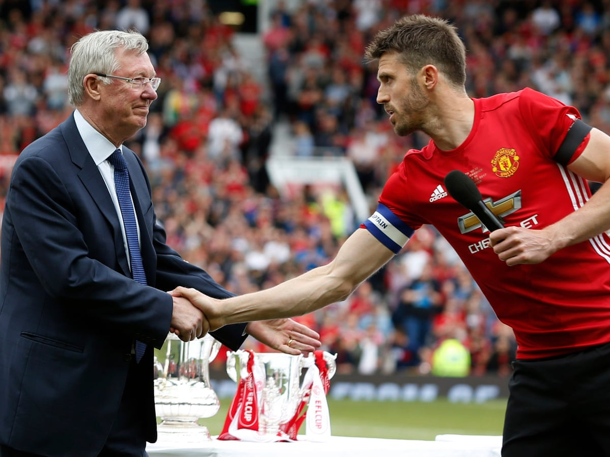Michael Carrick thanks fans in emotional Old Trafford testimonial    Manchester United   The Guardian