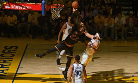 The shadows descend on LeBron James in Oakland on Sunday night