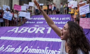 Women demonstrate for an end to the criminalisation of abortions in Brazil