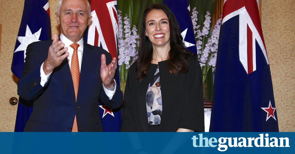 Turnbull says he will consider NZ refugee deal only after US resettlements