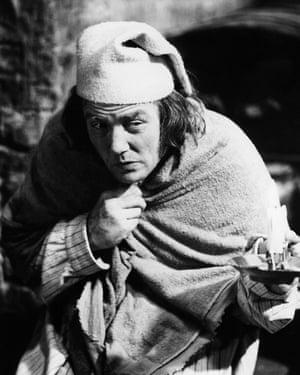 Albert Finney as Ebenezer Scrooge in the 1970 film based on Dickens's novel A Christmas Carol.
