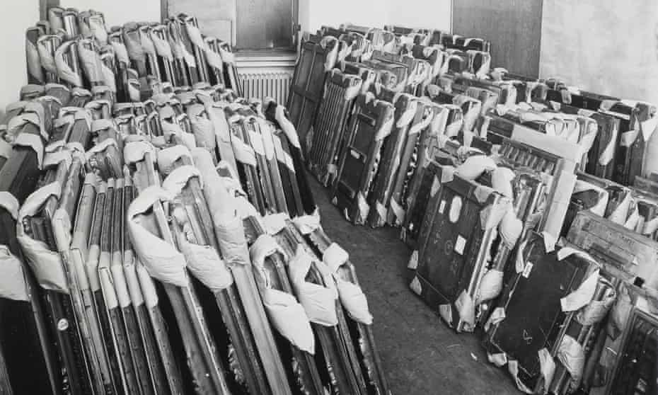 Photograph taken by Johannes Felbermeyer for the allied Central Collecting Point (CCP) in Munich. This image shows the process of repatriation of works of art after the second world war.