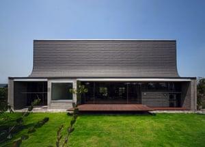 Juul House, NKS Architects, 2012, Yukuhashi, Fukuoka Prefecture