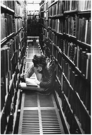 The London Library, October 1975.GNM archive ref: OBS/6/9/2/1/L Box 2