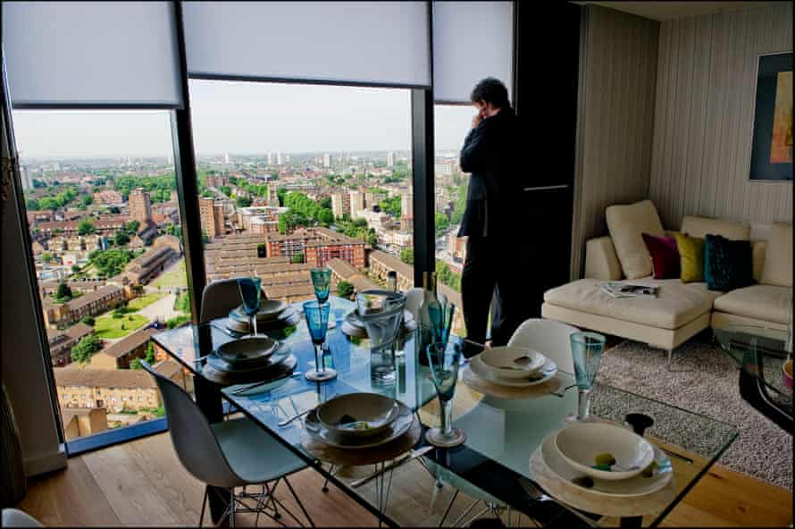 The view from a 20th-storey flat in London's Strata SE1.