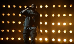Rapper Kanye West has released a new single.