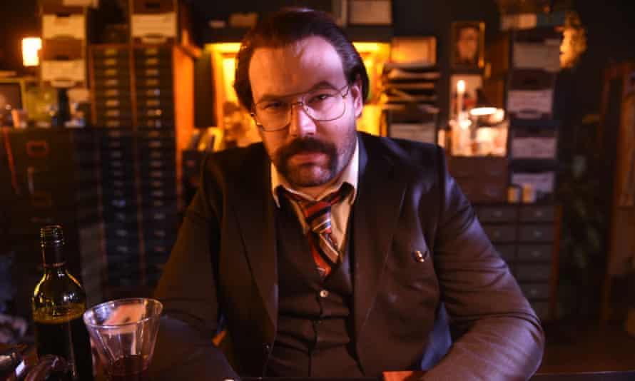 Tom Davies as DI Sleet in Murder In Successville.
