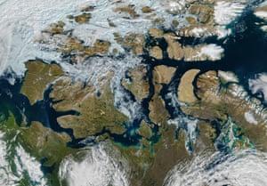 Sea ice melt in the Arctic Northwest Passage