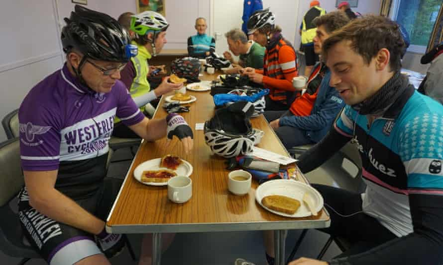 London-Wales-London riders feed up.